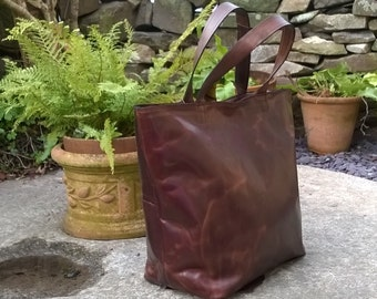 Medium Leather Tote. The Nanny Jean.  Handcrafted leather shopper tote. Made from Italian Leather. Silk or suede lining.