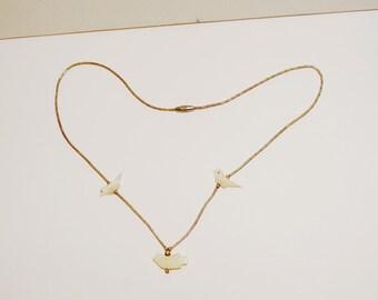 """Vintage Liquid Silver Bird 16"""" Necklace."""