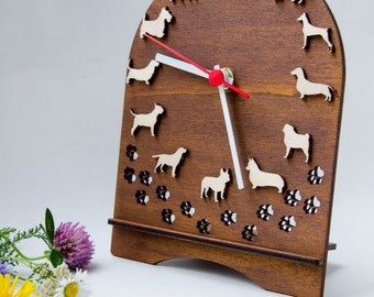 Table desk clock with dogs of different breeds, ideas for vetclinic, Decor for childrens room