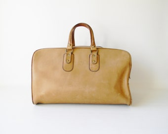 Vintage Renwick Tan Leather Carry on Bag / Weekender Bag / Overnight Bag