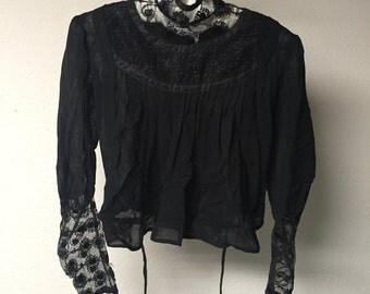Victorian blouse. 1900's.  XS/S