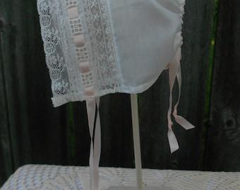 Baby bonnet - Heirloom Style - Sz. 6-9 mo.