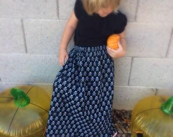 Toddler Halloween Skirt, Toddler Skirt, Halloween Skirt, Girls Halloween Skirt - Skull and Cross Bone Skirt With Pink Ribbo