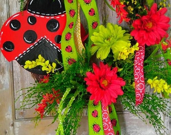 Lady Bug Grapevine Wreath, Lady Bug Decor, Front Door Wreath