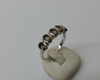 Ring 925 Silver with 5 smoky quartz stones SR676