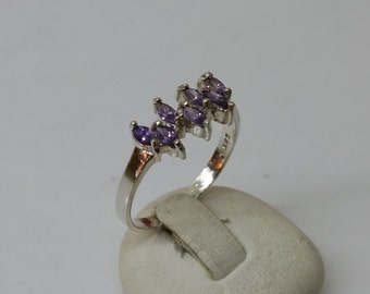 925 Silver ring with Amethyst gemstone 18.3 / size 8.3 SR474