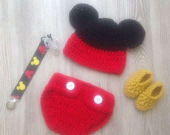 Mickey Mouse hat, diaper cover and booties photo prop set for your Newborn's first pictures. Hat, diaper cover