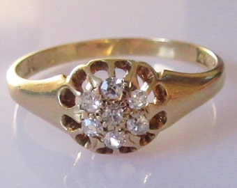 18ct Gold Diamond Cluster Extended Claw Ring