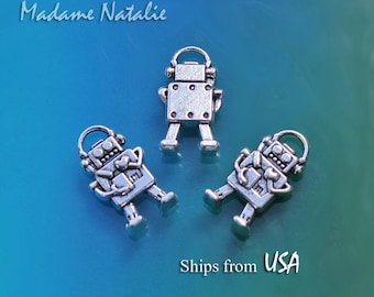Robot Charms (6), Tibetan Silver Robor Charms, Robot Jewelry, Robot with Heart Pendant, Cute Robot Charms, Science Fiction Charms