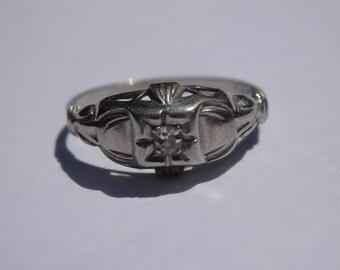 Dainty art deco white gold diamond engagement,  size 5