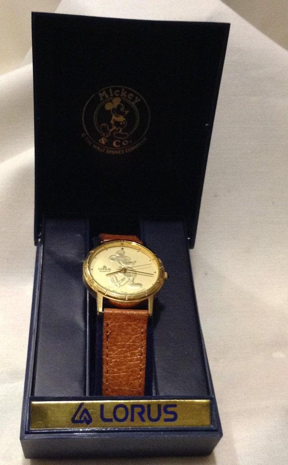 Disney Mickey Mouse Coin Gold Watch Lorus Quartz Mickey Wrist