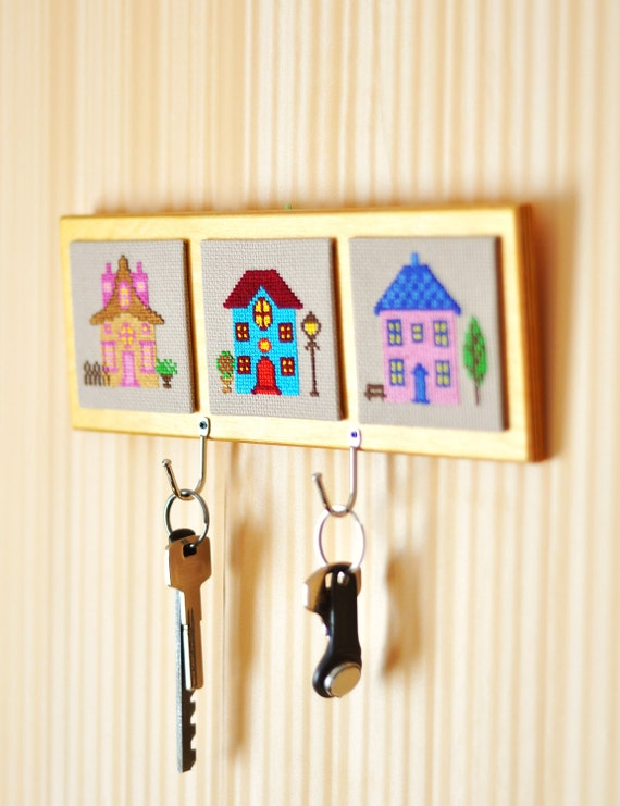 Key holder wall Home Decor Key rack embroidery by TimeForStitch