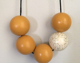 large wooden bead necklace - yellow & gold glitter
