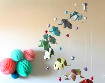 Baby mobile origami, Elephants and stars, multicolored pop tart