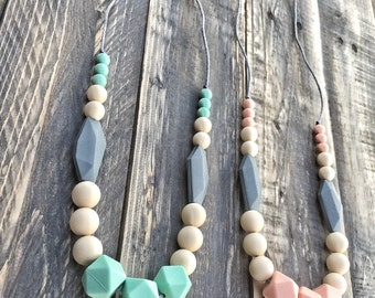Silicone Beads Teething Necklace / Nursing Necklace Jewelry for Mom and Baby Shower Gift - Toy -  Bliss
