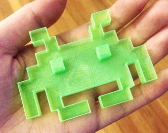 Space invader cookie cutter, 3D Printed, Father's Day Gift, Cake, Cupcake, Topper,Mold. 80s Old School Video Game 8 bits Pixels, Geek, party