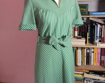1970s Belted Green Striped Summer Dress Size M