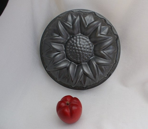 Bundt Cake Pan Sunflower Cake Pan Flower Mold Summer Bake