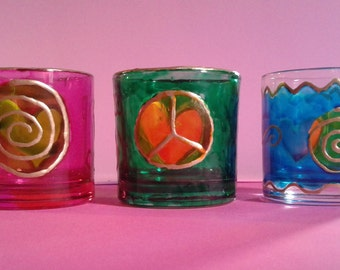 Decorated glass cups