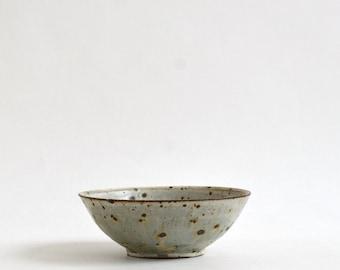 Kaiyu bowl 6.1 in (Ash Glaze ) / Koji Kitaoka (15005710-5K)