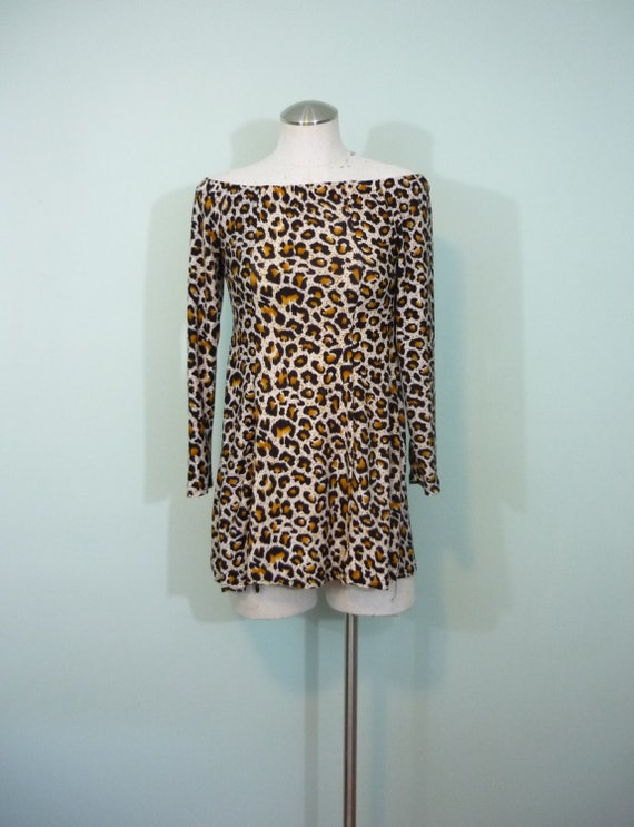 Leopard Print Micro Mini / 1990s does 1960s / Cheetah Print Swingy Trapeze Dress / Off the Shoulder / Modern Size Extra Small XS to Small S