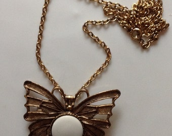 Vintage Butterfly Necklace Antique Gold Butterfly Pendant Brooch Butterfly Brooch