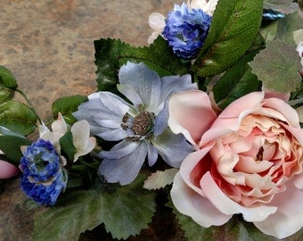 Candle Ring: Roses & Bachelor Buttons