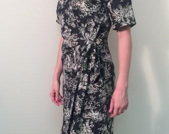 1990s Silk Wrap Dress/Vintage Summer Dress/Gray and White Dress