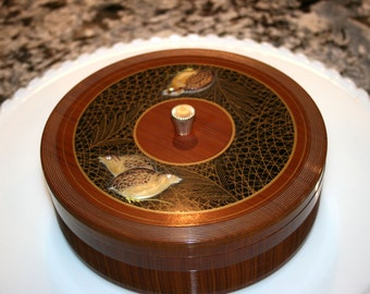 Round Celluloid Jewelry Box//Asian Design Jewelry Box//Divided Tray Insert//Vintage Celluloid Box