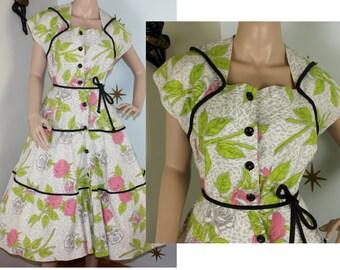 SALE! Vintage 1950s Paintset Fashion floral novelty print wig collar belted dress medium 396