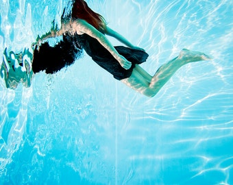 UNDERWATER 1 // PHOTO Print on glossy paper OR Dibond 3 mm ( pvc / aluminum hard back)  // Underwater photography