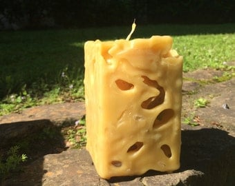 Small Ice Beeswax Candle