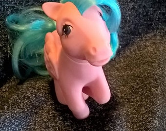 MLP year 1 Firefly My Little Pony pink Pegasus with glitter lightening bolts c. 1983