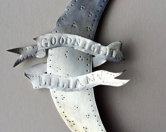 Personalised moon with goodnight message