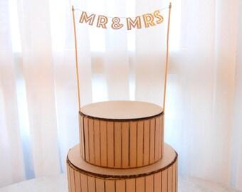 """The """"Mr & Mrs"""" Mini Banner Cake Topper"""