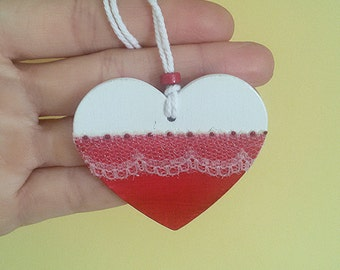 Christmas Wooden heart to hang, white and red with decorative lace and pearly light points. Handpainted.