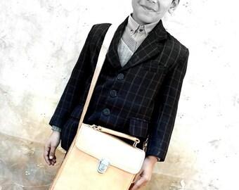 Leather Multipurpose Service/Meeting Bag: Avantgarde Mini