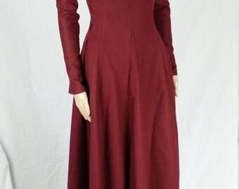 Medieval dress, side laced cotehardie