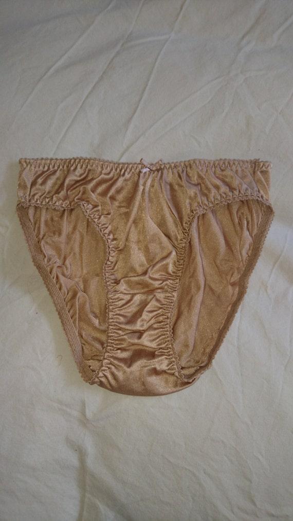 Silky bikini panties