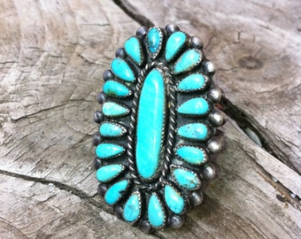 Large Vintage SILVER & TURQUOISE RING Size 8.5/9.5