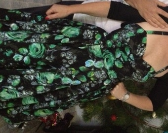 Green and black floral swing dress size 12. Mint condition