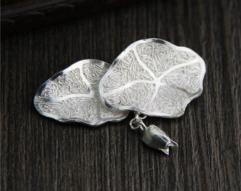 sterling silver lotus leaf and lotus charm, sterling silver lotus leaf pendant,Silver leaf pendant,lotus leaf necklace,yoga jewelry
