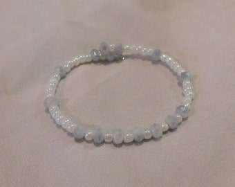 White Crystal Wire Beaded Bracelet