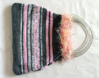 Knitted bag in shades of grey and pink