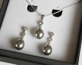 Grey Pearl Bridal Jewelry Set, Wedding Jewelry Set, Earrings and Necklace Jewelry, Gift for Her, Wedding Accessories, Pearl Wedding Jewelry