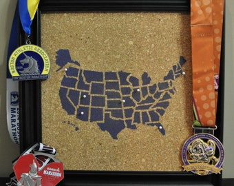 50 States Marathon / Half Marathon Pinnable Cork Tracking Map / Run the USA US Travel Corkboard Map / Gift for Runners / Been There Ran That
