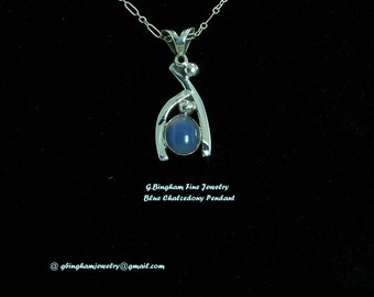 Blue Chalcedony Pendant with Sterling Silver. GB 112