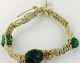Glass bead hemp bracelet