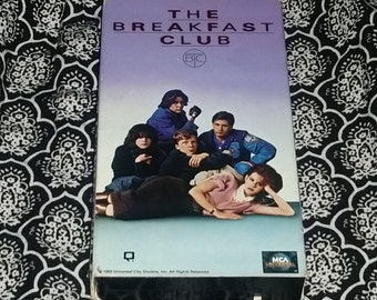 The Breakfast Club [VHS] Vintage 1980's Movie John Hughes Molly Ringwald Emilo Estevez