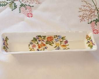 """Aynsley """"Cottage Garden"""" Pen or Mint Tray, Flowers and Butterflies, Vintage 1980s"""